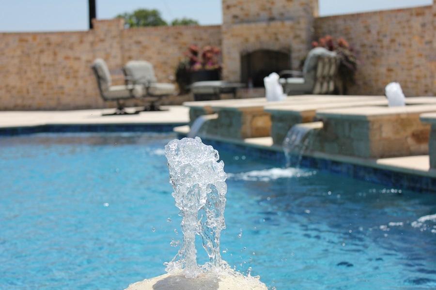 Los accesorios y detalles pueden convertir tu piscina en el espacio que siempre soñaste