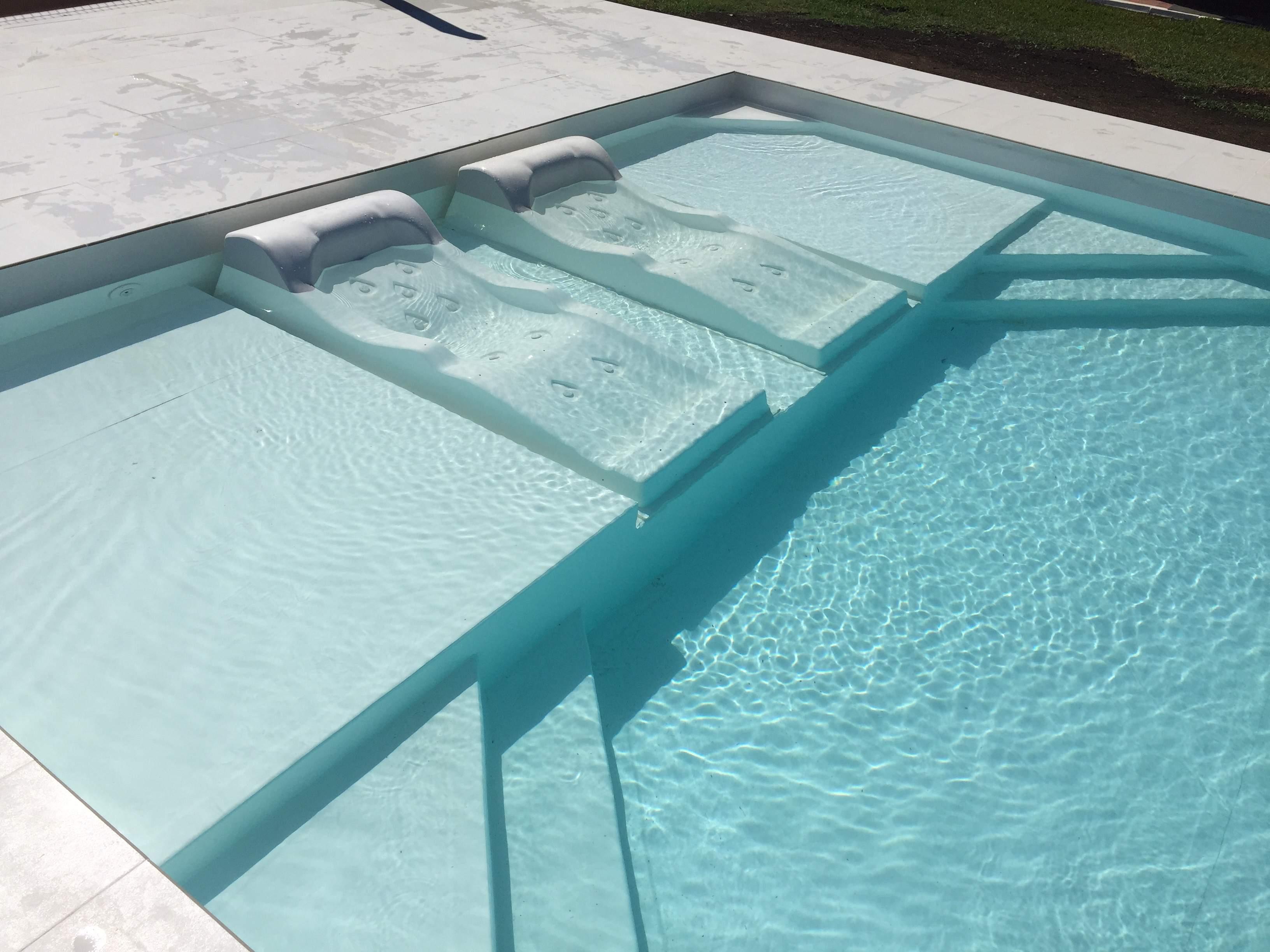 Los cinco mejores extras para su piscina sin los que no podrás vivir (ahora que sabes que existen)