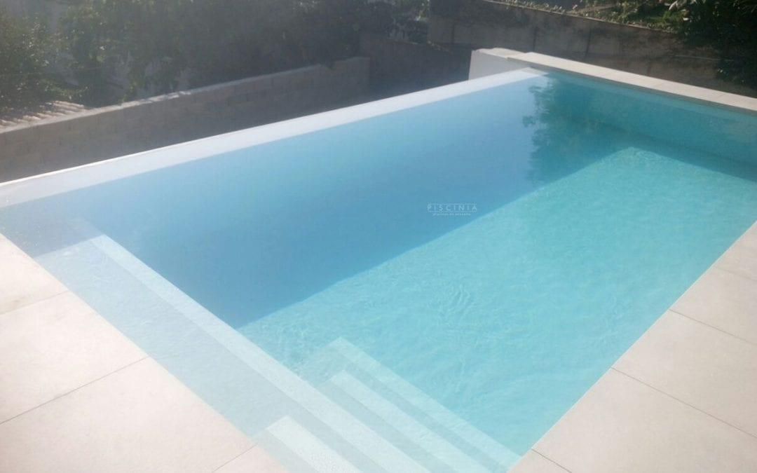 Cómo prevenir que tu piscina se torne verde durante el invierno