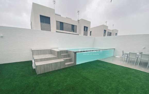 Cómo desinfectar y proteger su piscina del COVID19